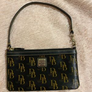Dooney and Bourke large wristlet